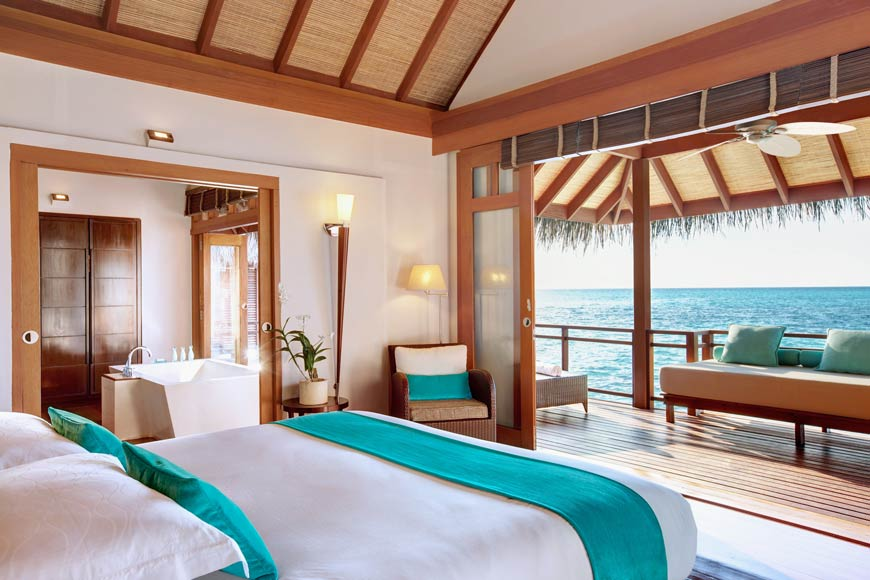 LMA_Rooms_Prestige_Water_Villa