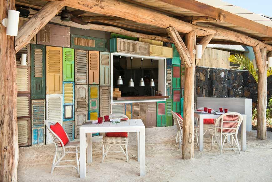 ZA_Lor-Disab-restaurant-1