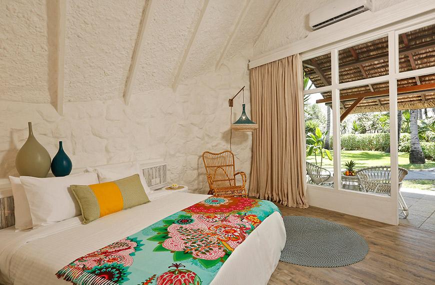 garden-bungalow-bedroom-2