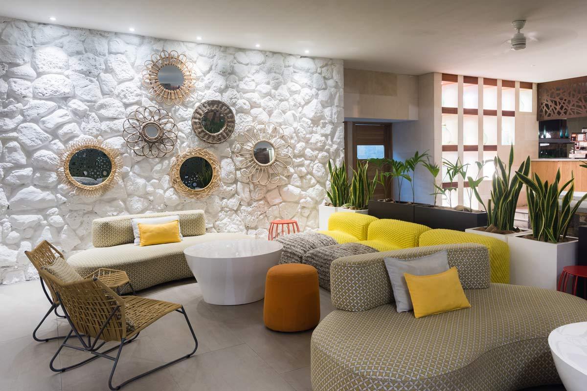 id-vk-leisure-la-pirogue-hotel-04