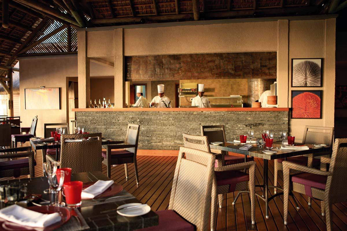 ID - LUX Le Morne - Interior - Restaurant Area