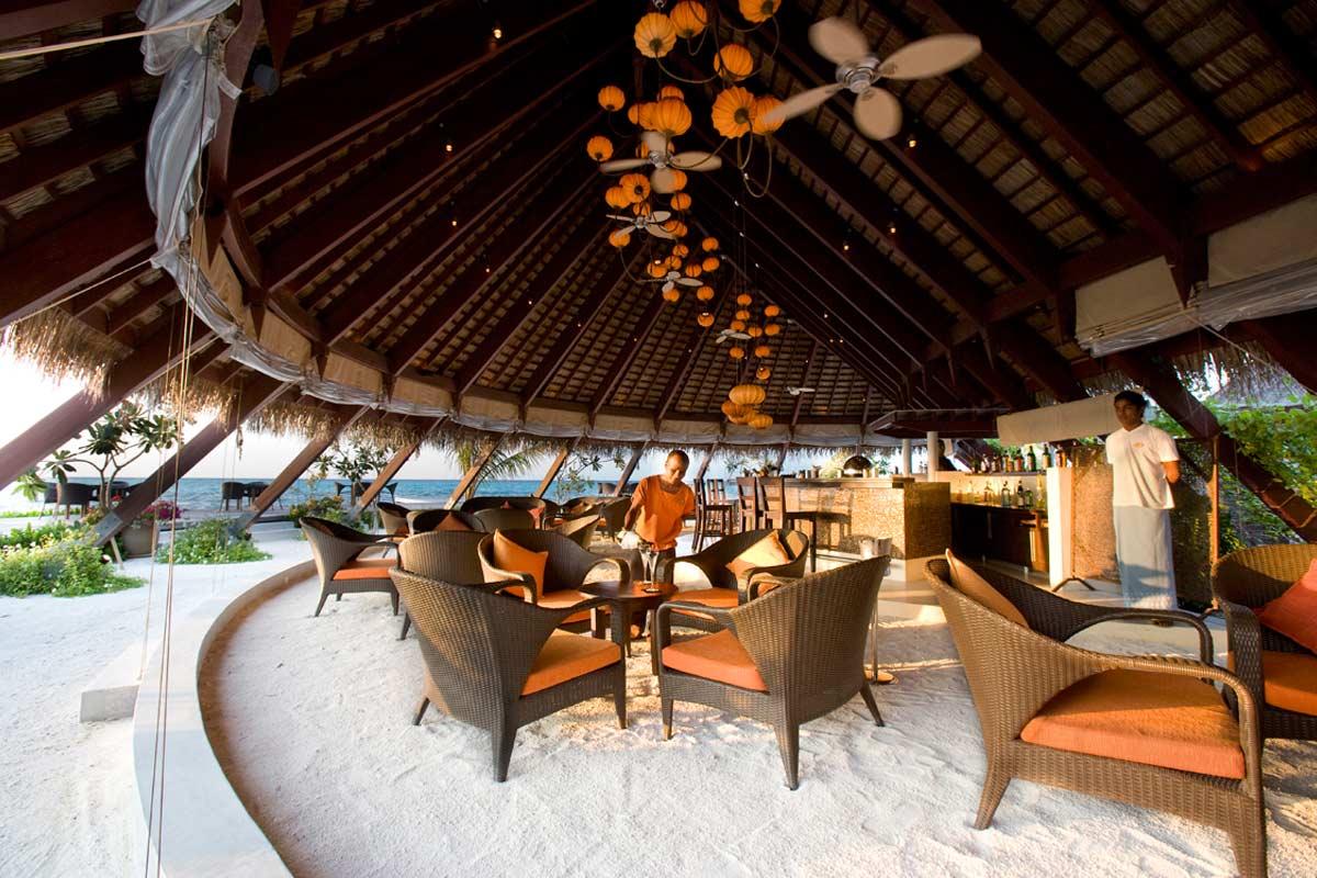 ID - LUX Maldives - Exterior - Restaurant Area